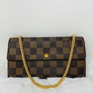 Authentic Louis Vuitton Sarah Damier Wallet